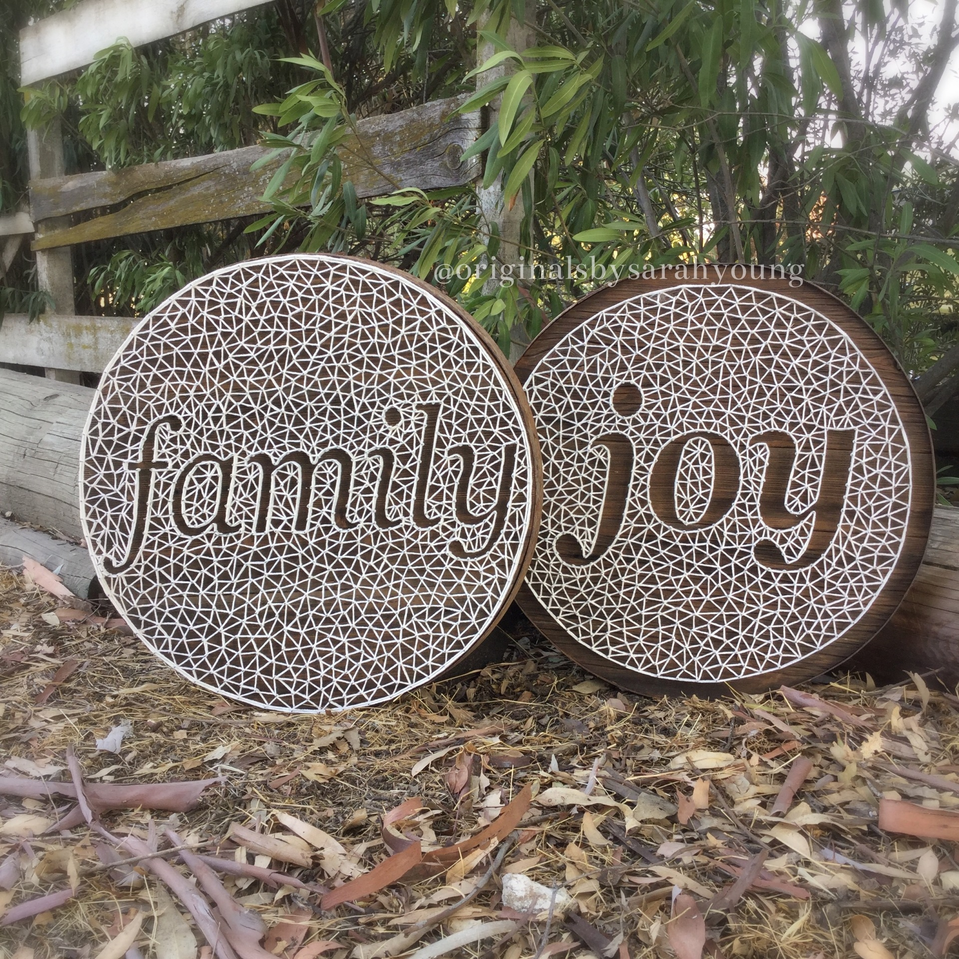 Textured String Word in Barrel Ring Frame